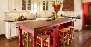 Изысканное и насыщенное оформление кухни от студии Dallas Renovation Group