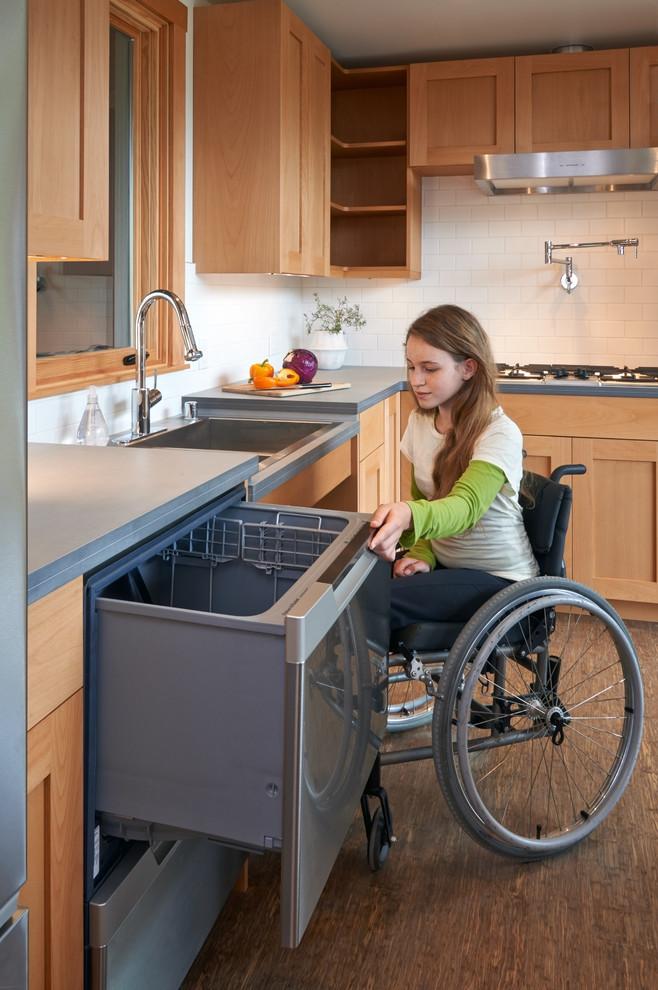 Обустройство кухни для инвалида