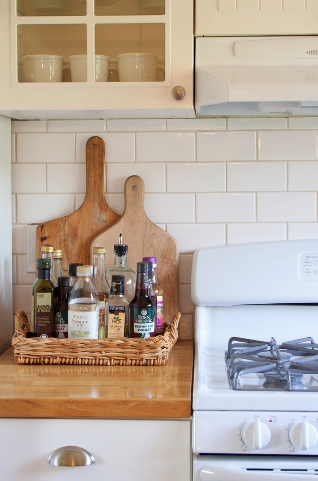 Плетёный лоток для мелких кухонных аксессуаров