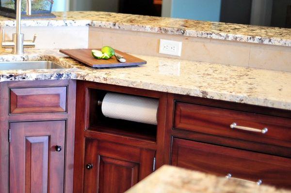 Ниша для кухонного полотенца в мебельном гарнитуре