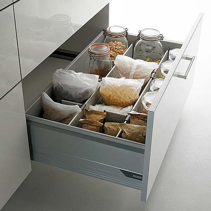 Выдвижной кухонный ящик для хранения бакалеи