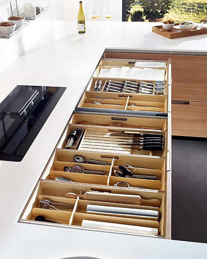 Выдвижные кухонные ящики для хранения столовых приборов