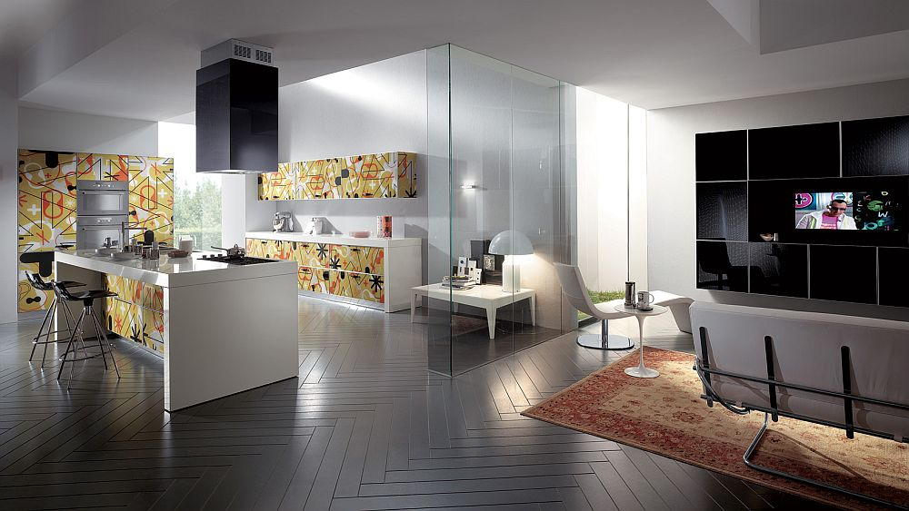 Яркий дизайн кухни Crystal Collection от Scavolini с шелкографией на фасадах шкафов
