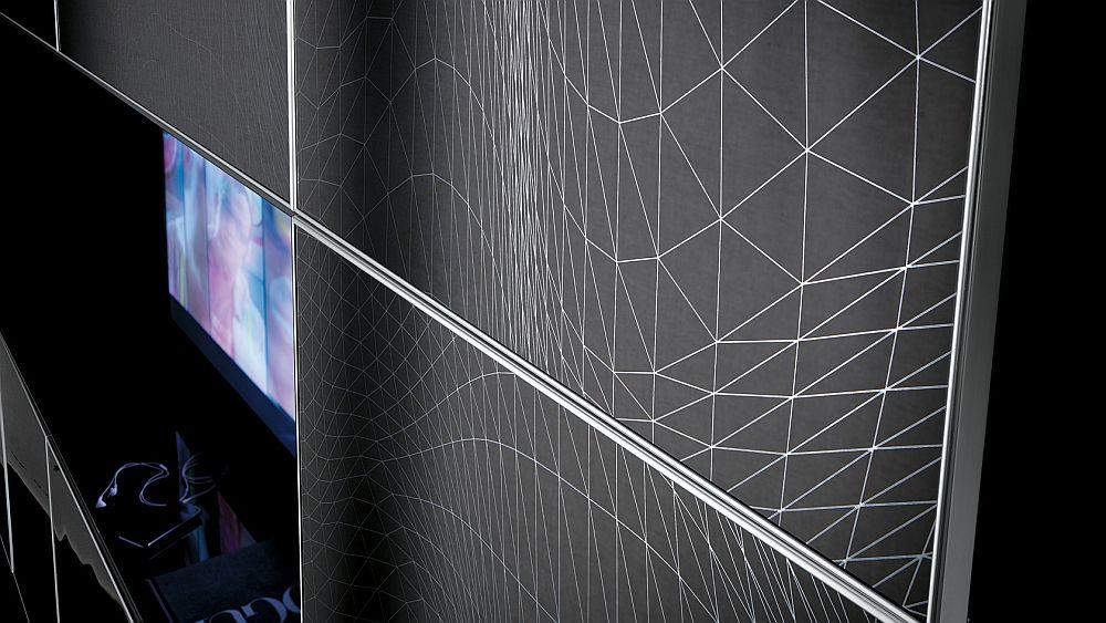 Детали интерьера: чёрно-белый графический рисунок фасадах шкафов в стиле поп-арт