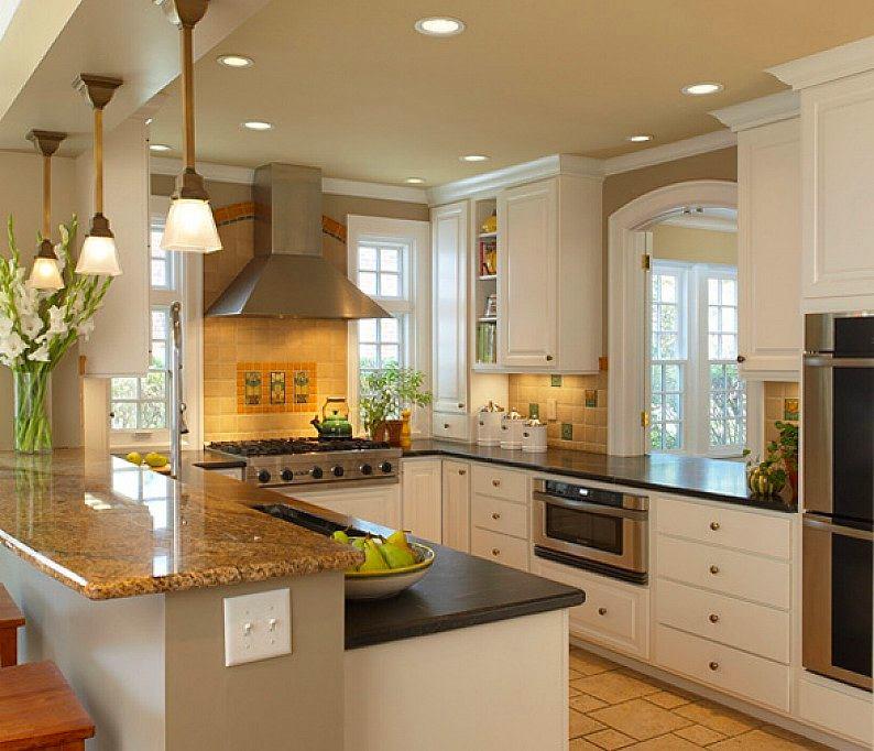 Классическая белая п-образная кухня кухня