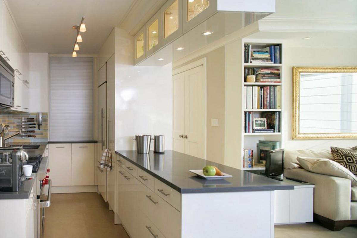 Современная белая п-образная кухня кухня