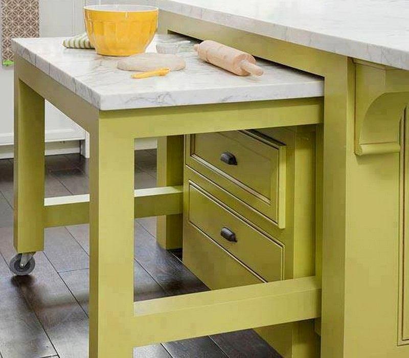 Выкатной стол в кухонном острове
