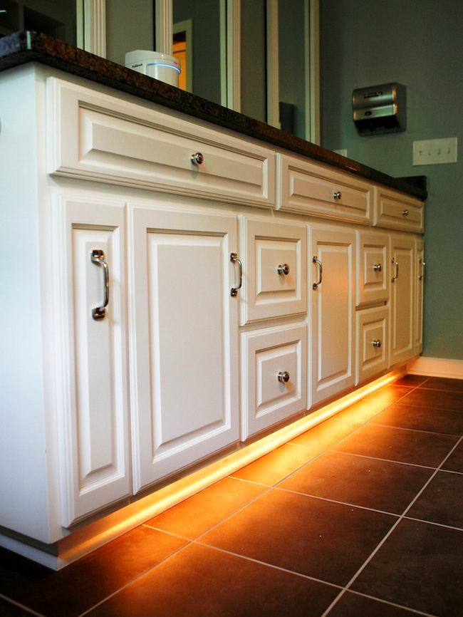 Подсветка кухонных фасадов