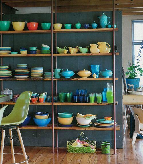 Открытые стеллажи для хранения для посуды