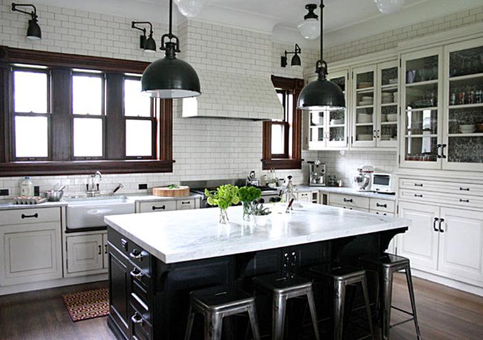 Креативный дизайн освещения кухонного острова