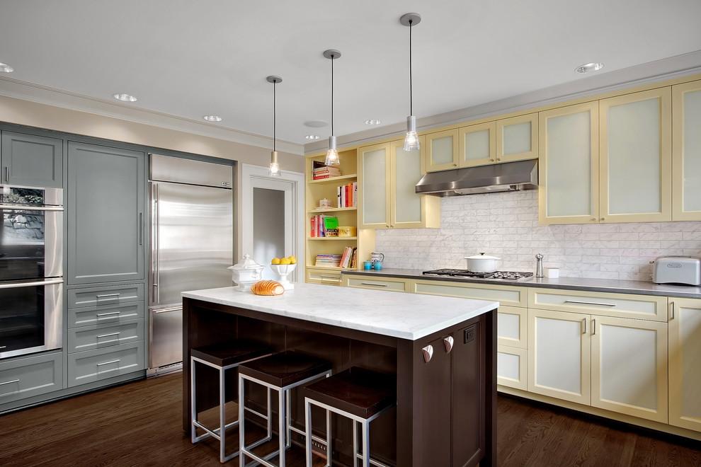 Дизайн интерьера кухни из натурального дерева от Michael Knowles, Architect