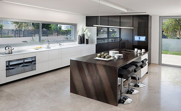 Ультрасовременная кухня в модных чёрно-белых тонах