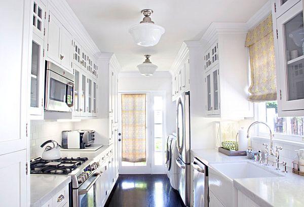 Белый дизайн современной компактной кухни