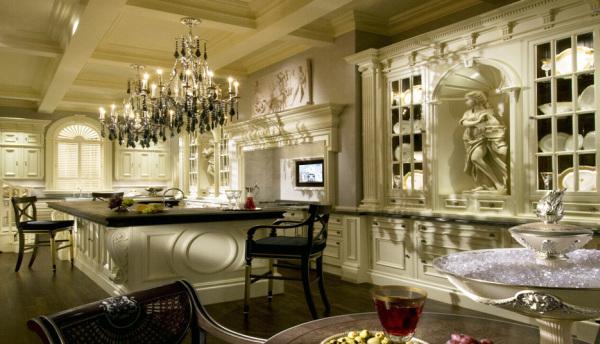 Классический дизайн с богатым декором в викторианском стиле
