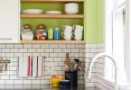 Белая плитка «метро »в интерьере кухни от Roost Interior Design