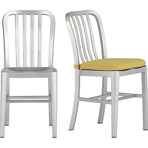 Алюминиевые стулья с мягким сидением