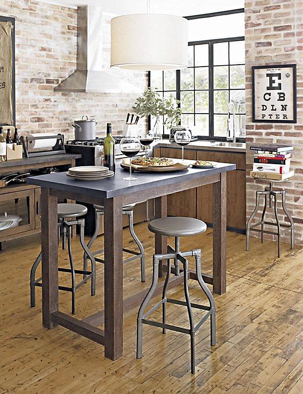 Промышленный дизайн кухни с винтажными элементами