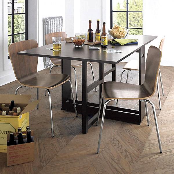 Ореховые стулья и шикарный стол из темного дерева