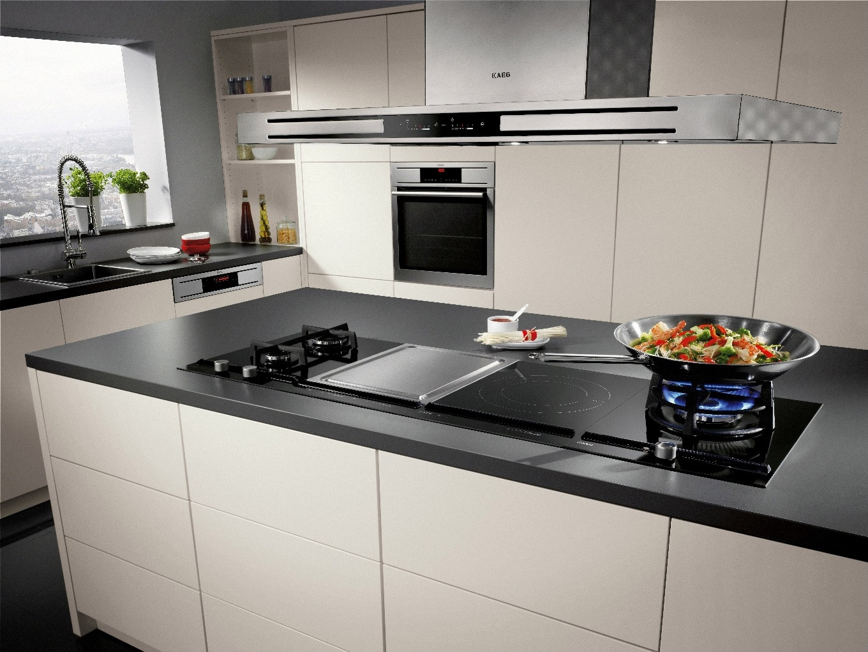 кухни со встраиваемой техникой фото решив