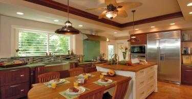 Стильный дизайн интерьера кухни: оригинальная люстра-вентилятор