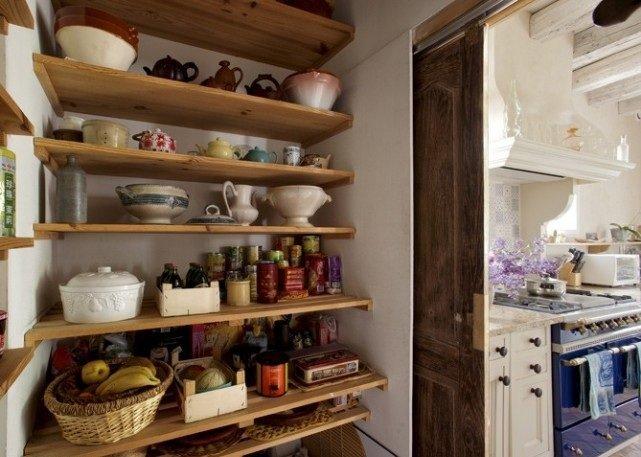 Классическое оформление кухни в деревенском стиле