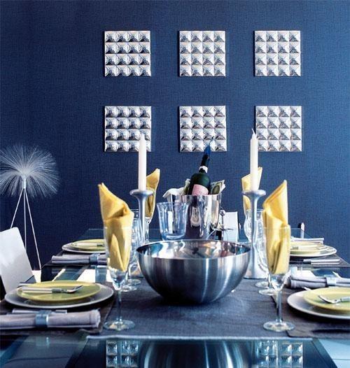 Сервировка стола в синей гамме