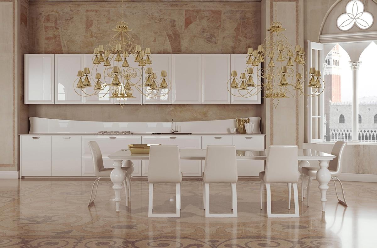 Золотистые светильники в классическом стиле в интерьере кухни