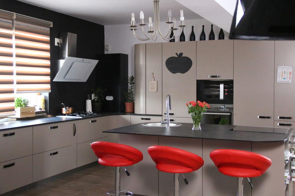 Дизайнерская кухня цвета капучино