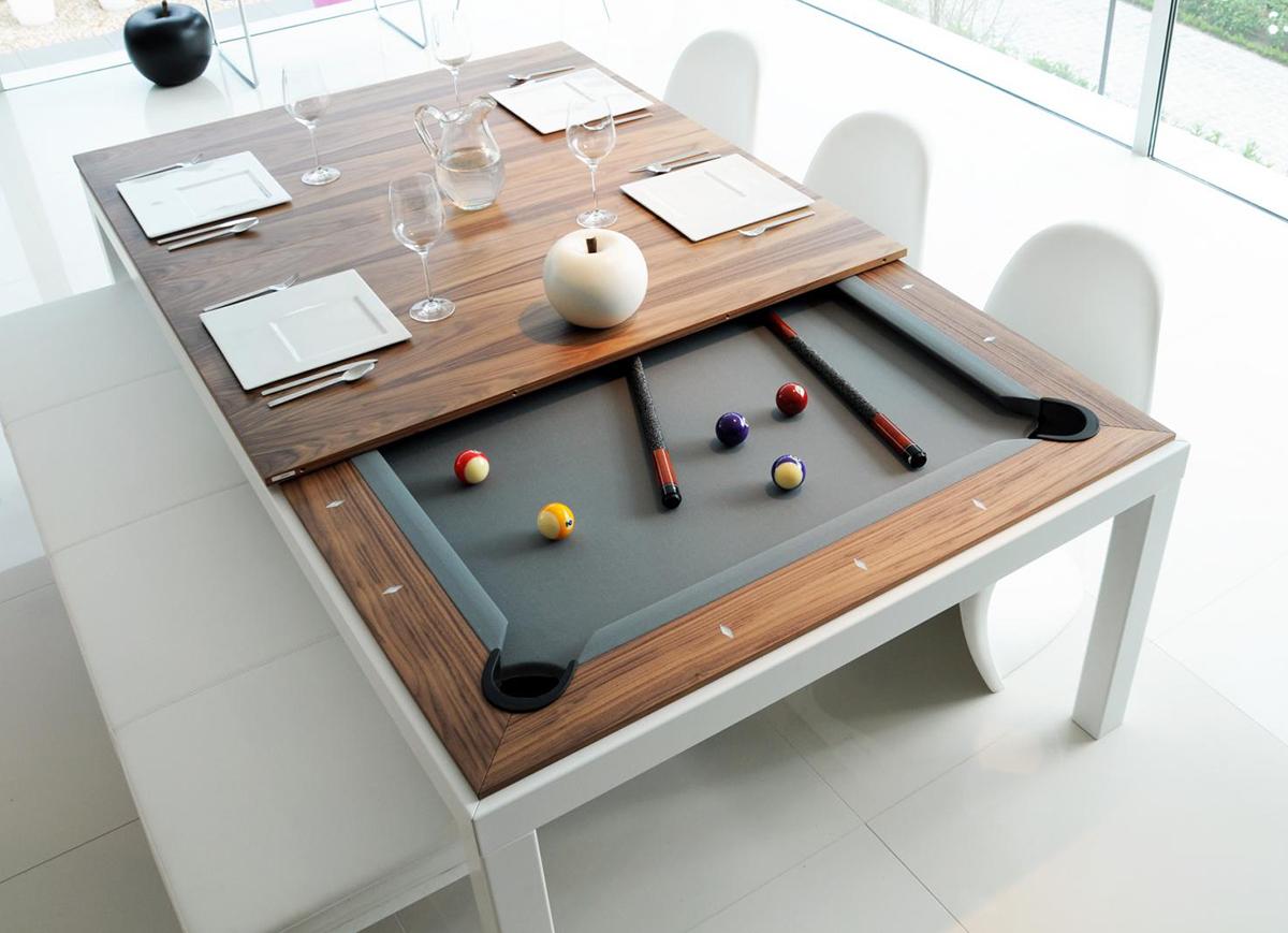 Необычный обеденный стол - крупный план