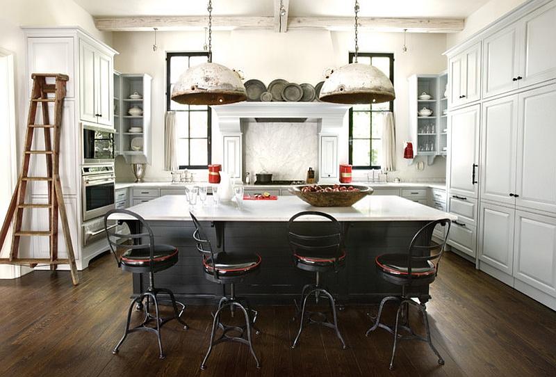 Кухня в индустриальном стиле с островом