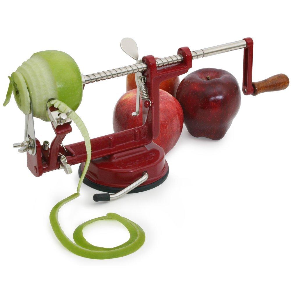 Кухонный гаджет: приспособление для чистки яблок
