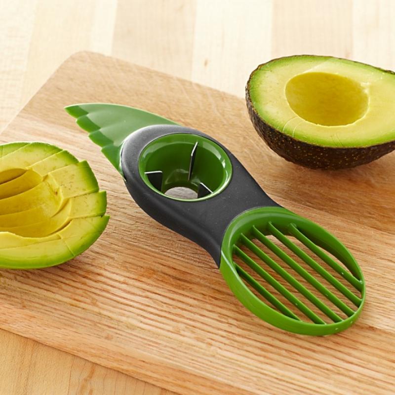 Кухонный гаджет: нож для нарезки авокадо