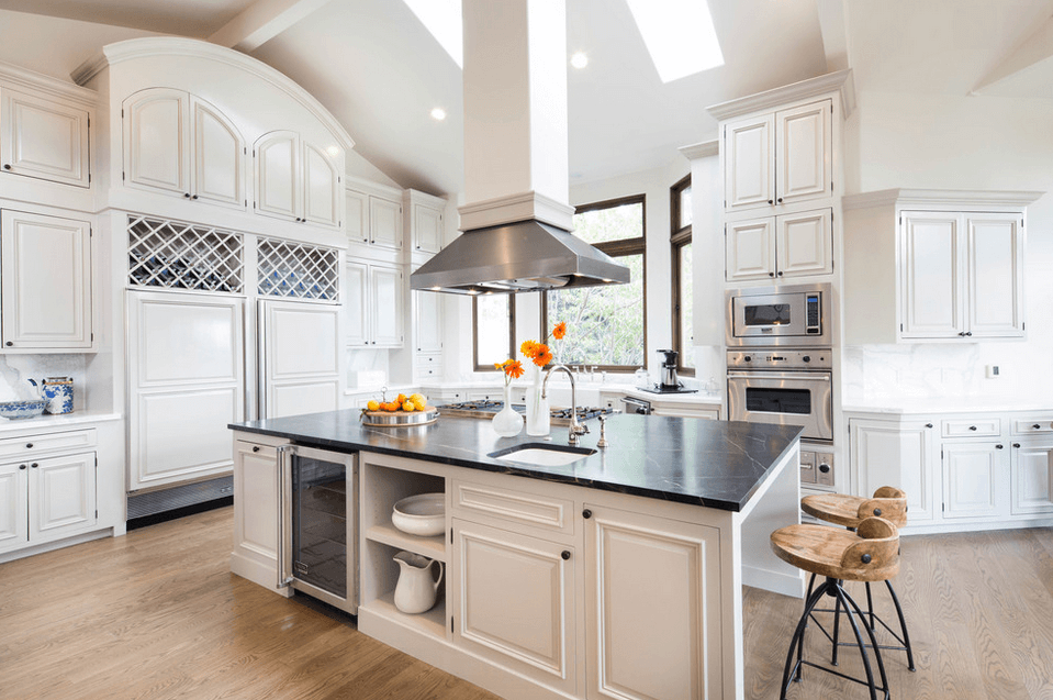 Дизайн кухонного острова. Фото 37
