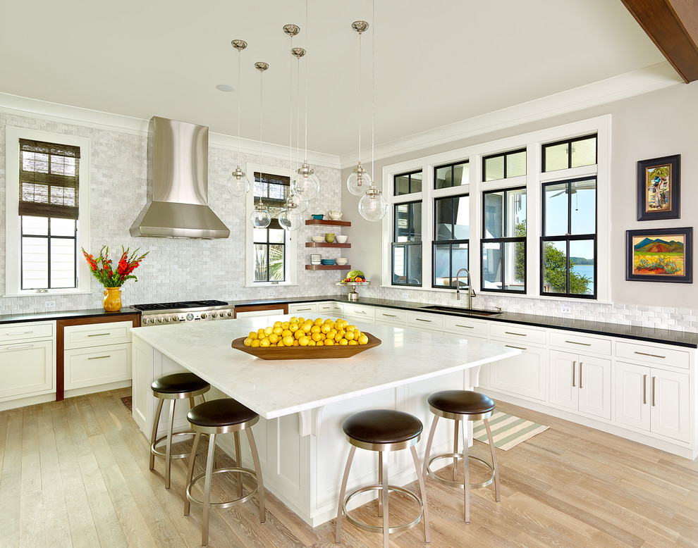 Дизайн кухонного острова. Фото 59