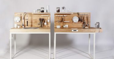 Кухонный стол в двух вариантах