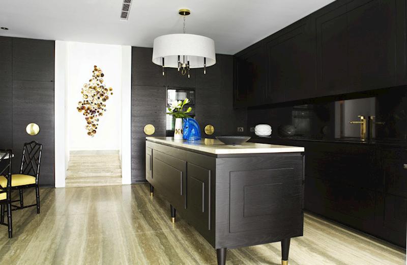 Кухонные современные шкафы - чёрно-белый вариант. Фото 2