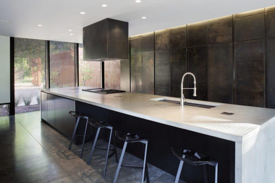 Кухонные современные шкафы - тёмное дерево