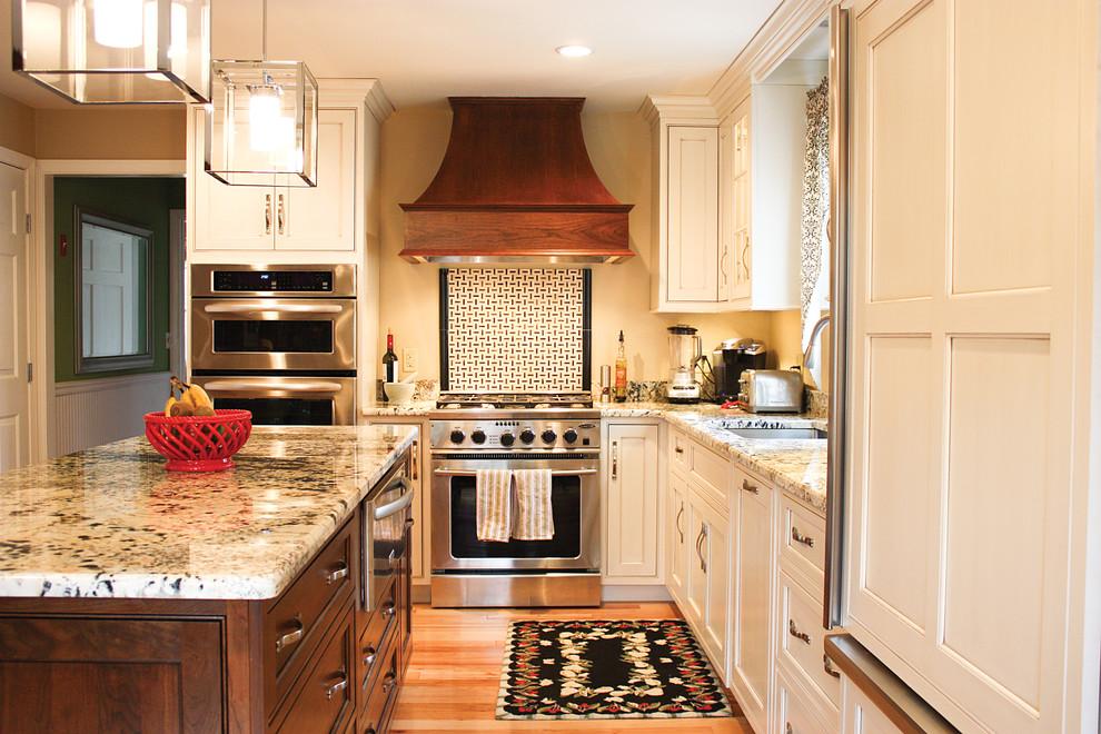 Оригинальный дизайн кухонной вытяжки в интерьере кухни - Фото 5
