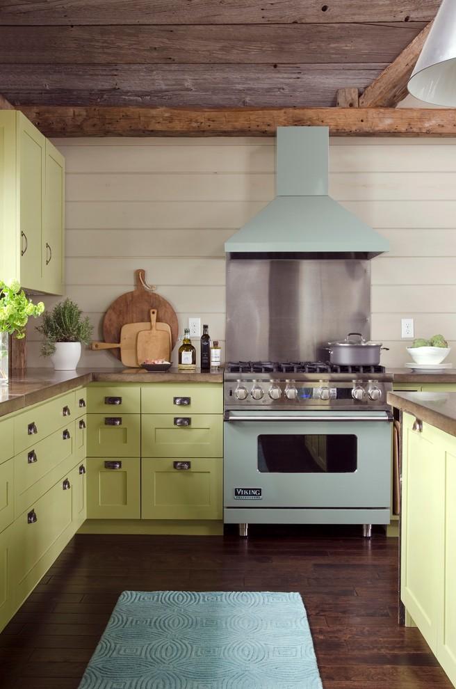 Оригинальный дизайн кухонной вытяжки в интерьере кухни - Фото 15