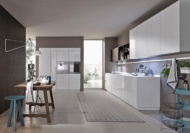 Минималистская кухня Materika Everyday от Pedini в белой гамме