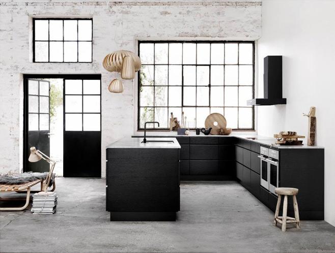 Креативный дизайн кухни в стиле лофт