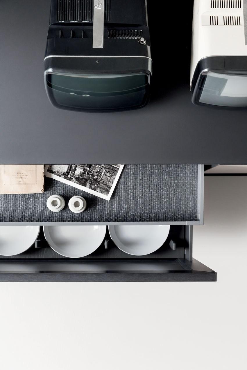 Мебель для кухни в минималистском стиле от дизайнера Стефано Каваццана - выдвижные ящики