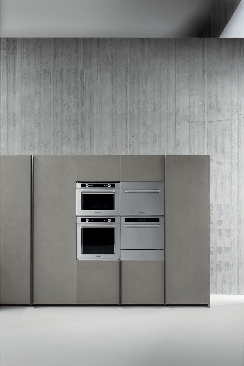 Мебель для кухни в минималистском стиле от дизайнера Стефано Каваццана - встроенная техника