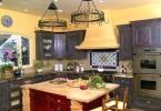 Потрясающий дизайн интерьера кухни в средиземноморском стиле от Nunley Custom Homes