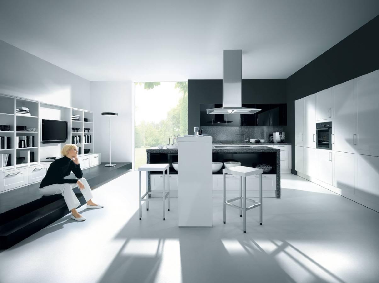 Кухонная мебель из металла
