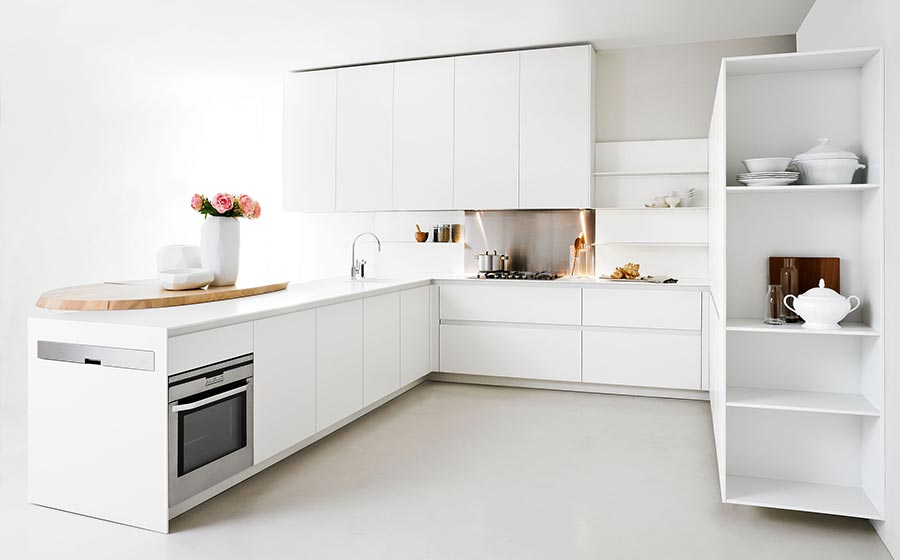 Минималистский дизайн итальянской кухни Slim Kitchen от Elmar