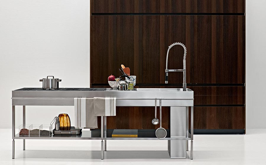 Минималистский дизайн итальянской кухни Savvy Kitchen от Elmar