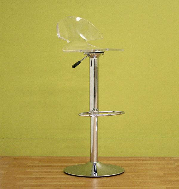 Современный стул с прозрачным сиденьем и хромированной подставкой