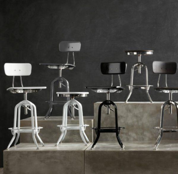 Барные стулья сочетают в себе старинный и промышленный стиль