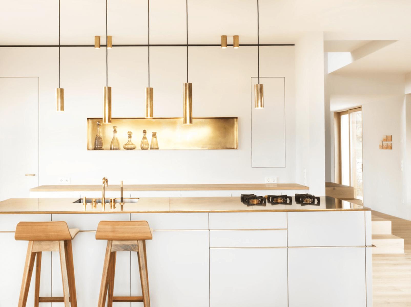 Дизайн кухни с металлическими элементами. Фото 4